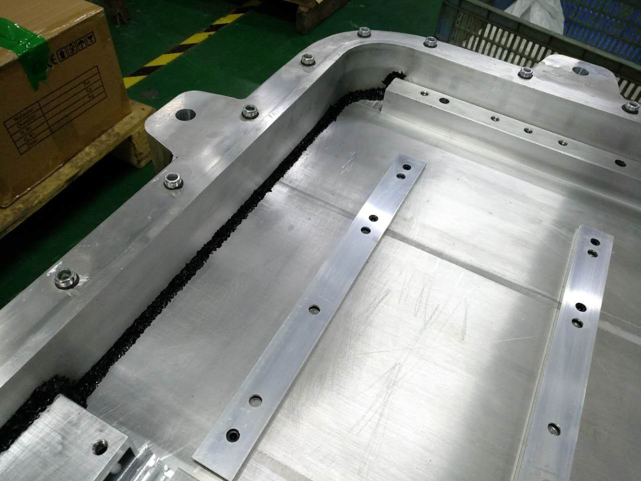 FSW & CMT Aluminum extrusion battery case detail3